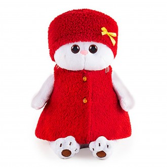 Кошечка Ли-Ли в красной безрукавке и шапочке (24 см)