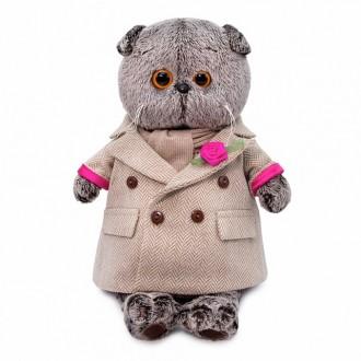 Басик в кремовом пальто (19 см)