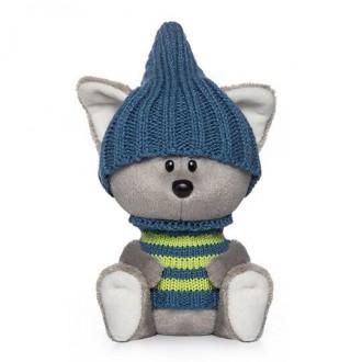 Волчонок Вока в шапочке и свитере (15 см)