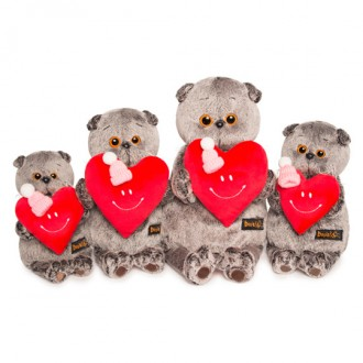 Кот Басик с сердечком (19 см)