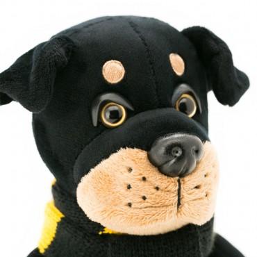 Ротвейлер Бакс с шарфом в желтую полоску (20 см)