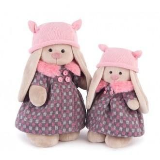 Зайка Ми в пальто и розовой шапке (25 cм)
