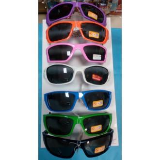 Детские солнцезащитные очки в ассортименте